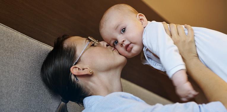 co dělat s kojencem