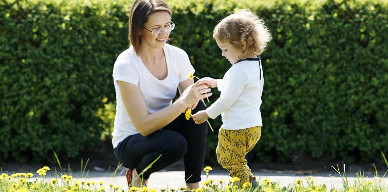 radosti, jaro, květen, máma a syn