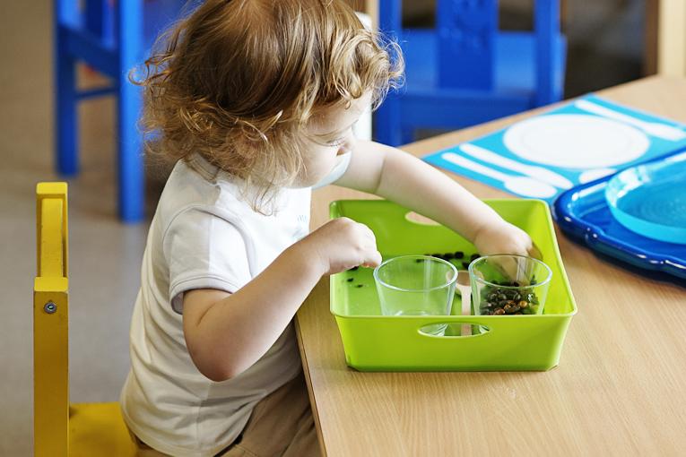 Život na mateřské, montessori, jak zabavit batole