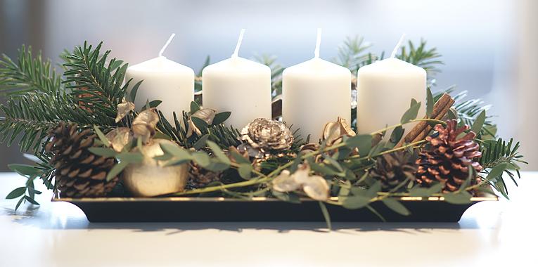 adventní věnec, netradiční adventní výzdoba, vánoční dekorace, tip na moderní vánoční věnec