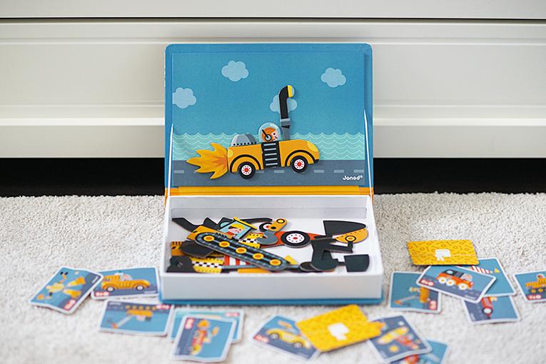 hračky pro čtyřleté děti, magnetická kniha janod, kreativní hračky