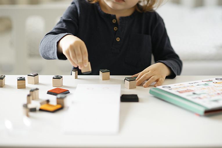 Bam kreativni sada s razitky, kreativní hračky, aktivity pro čtyřleté děti, Londji razítka